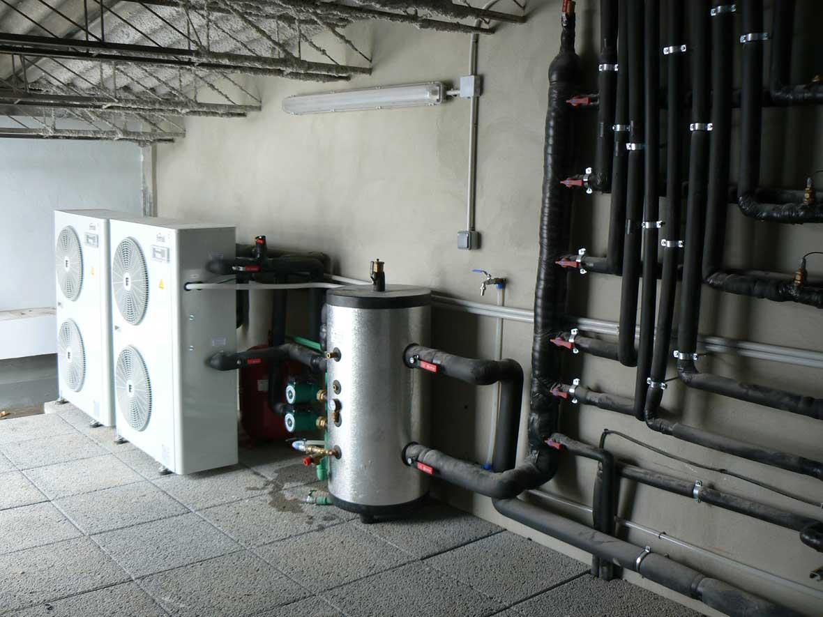 Bomba de calor y acumuladores para suelo radiante - Bomba de frio para suelo radiante ...